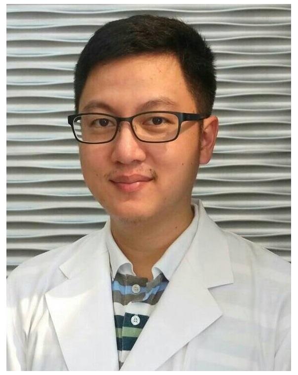 <font color=#E3CEB5>醫師團隊</font>